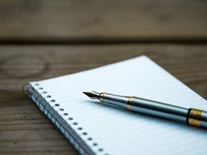 fountain-pen-1851096_640